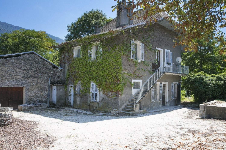 Chambéry  - Château 10 Pièces 8 Chambres - picture 10