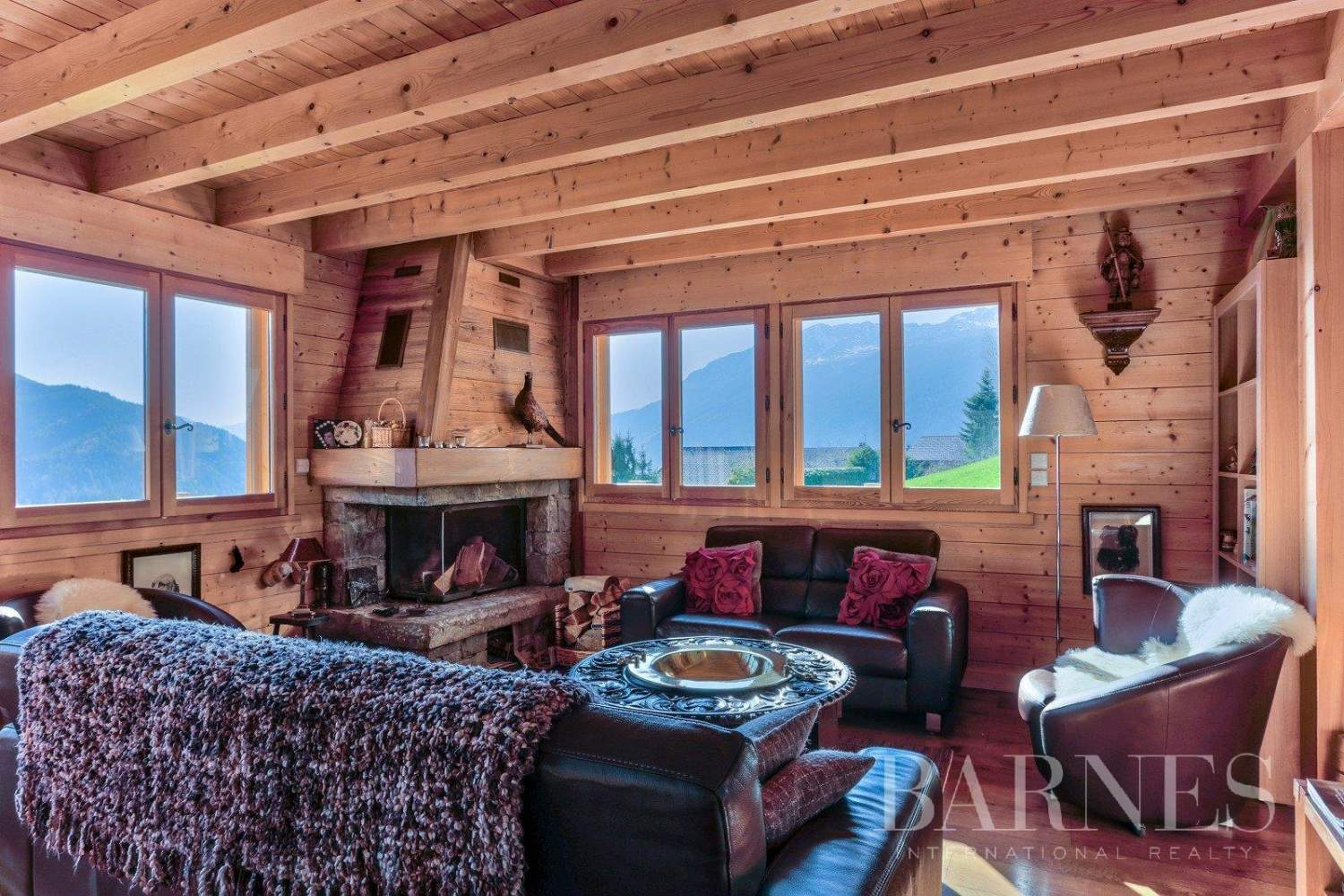 Magnificent high-end chalet in St Jean de Sixt picture 5