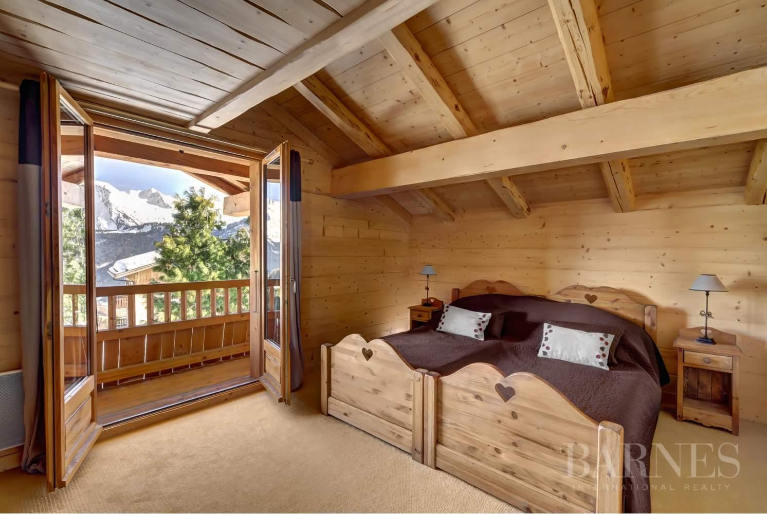 Magnifique chalet de 227 m² secteur privilégié du Mont picture 9