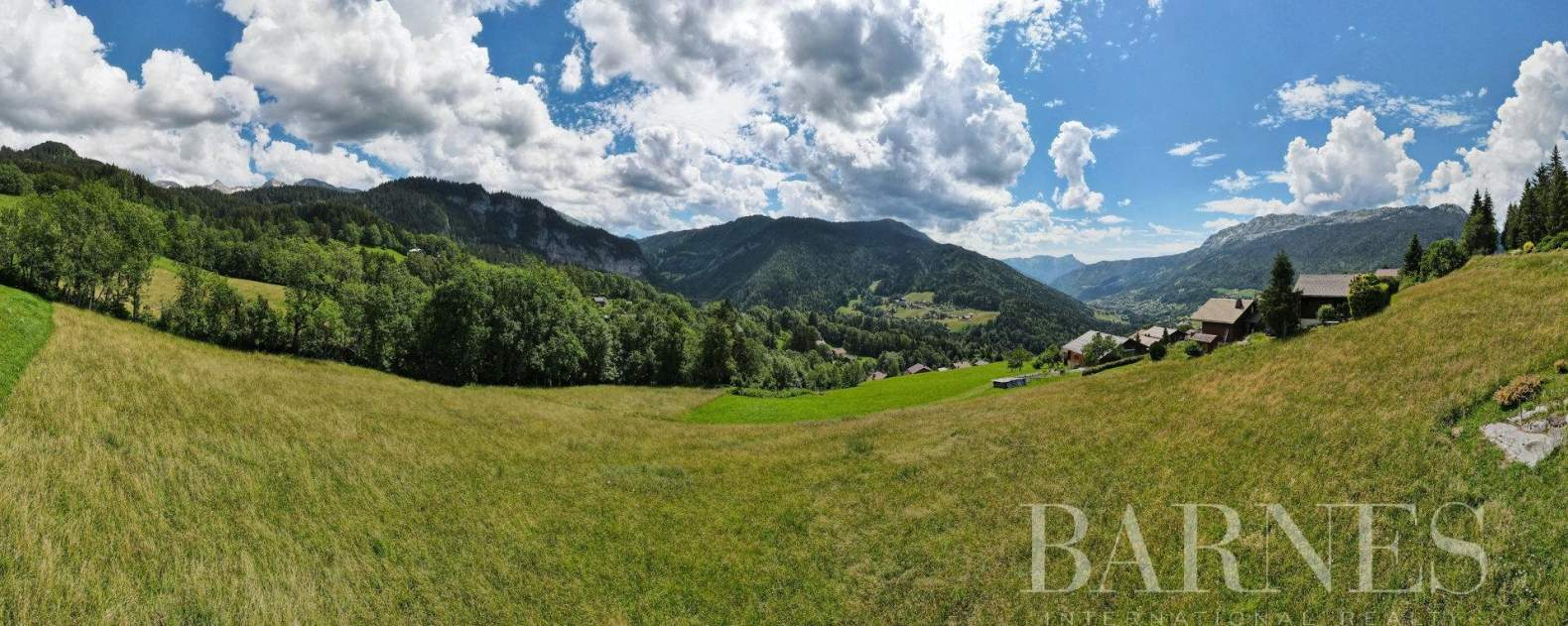 Magnificent high-end chalet in St Jean de Sixt picture 18