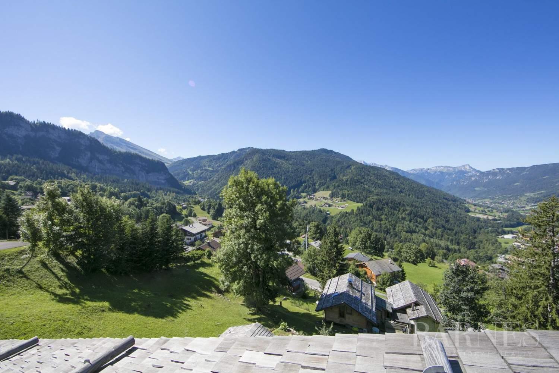 Chalet rénové (300 m2) vue panoramique entre La Clusaz et Grand Bornand. picture 13