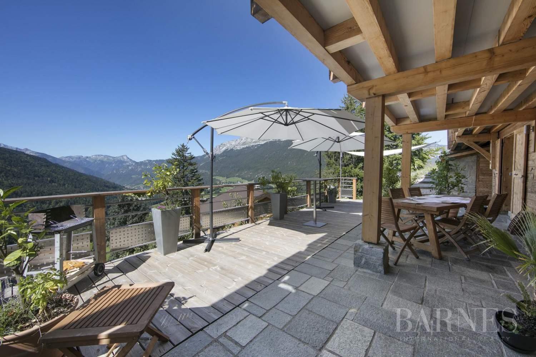 Chalet rénové (300 m2) vue panoramique entre La Clusaz et Grand Bornand. picture 3