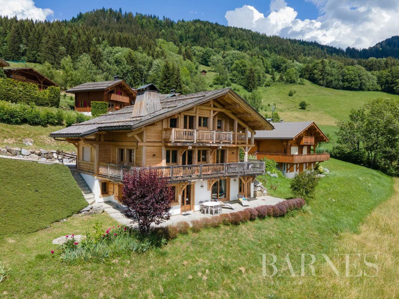 Magnificent high-end chalet in St Jean de Sixt picture 2