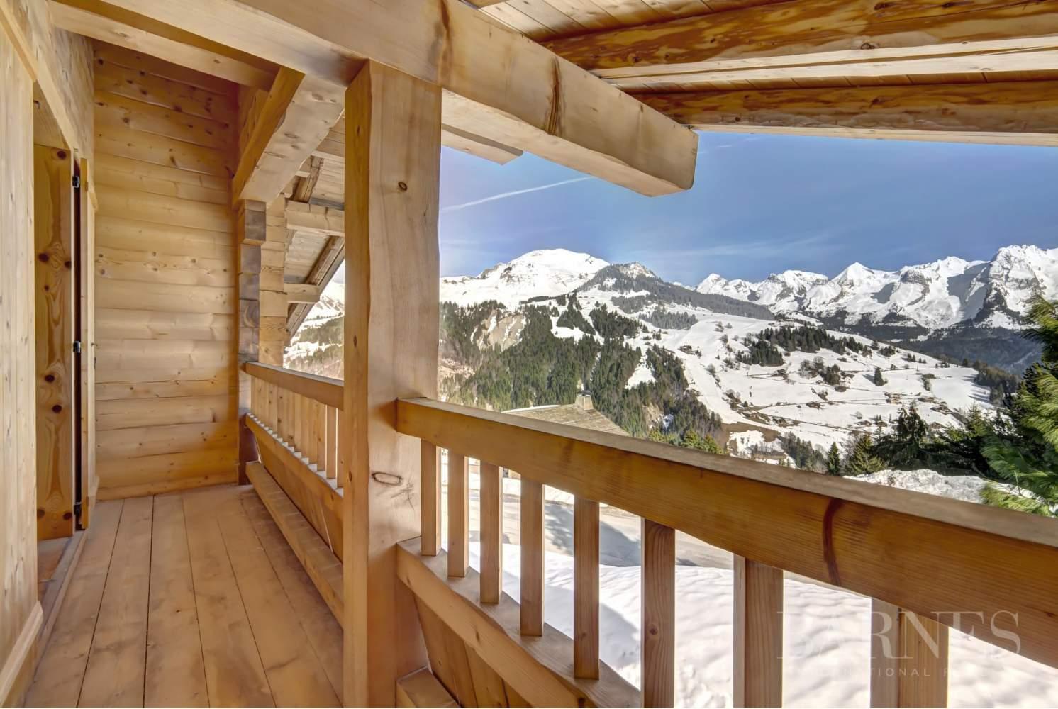 Magnifique chalet de 227 m² secteur privilégié du Mont picture 2