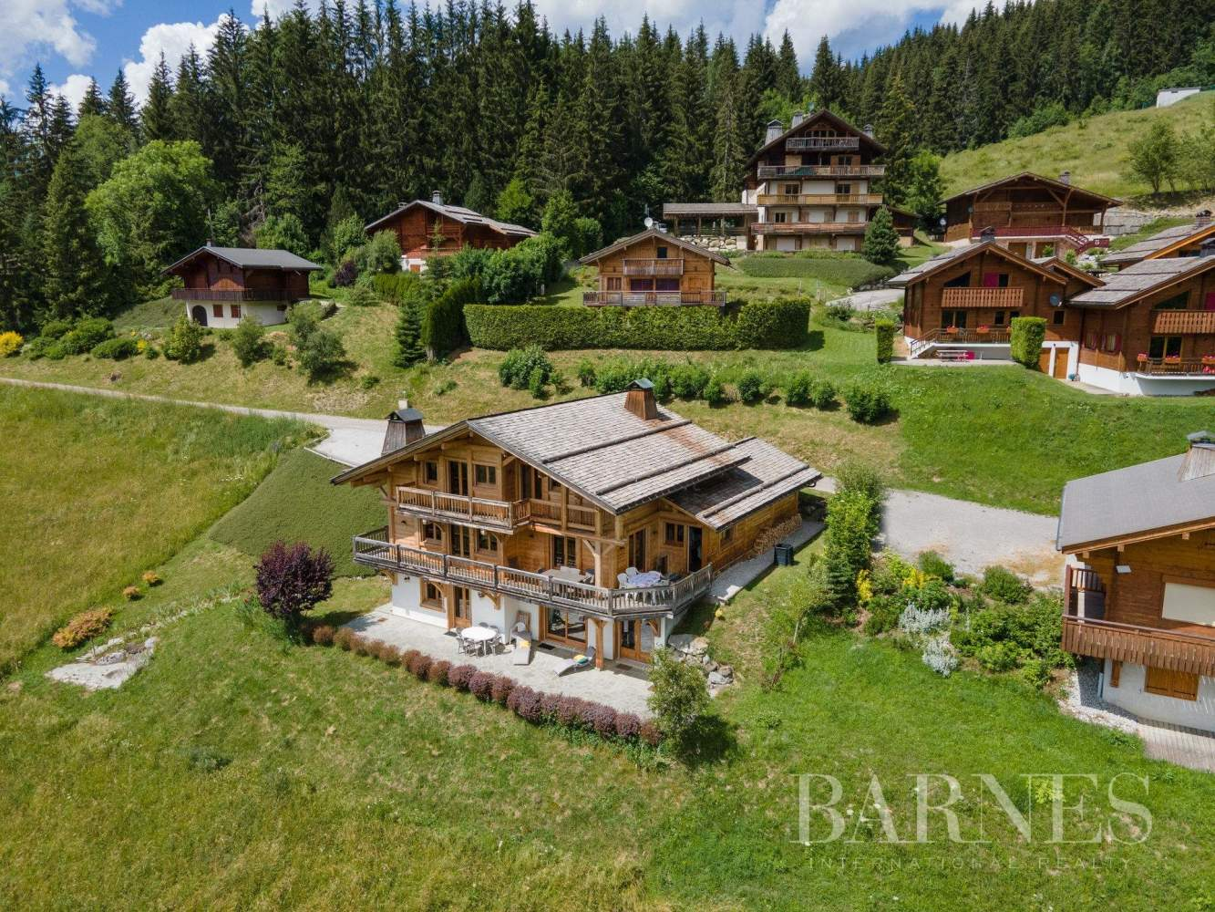 Magnificent high-end chalet in St Jean de Sixt picture 13