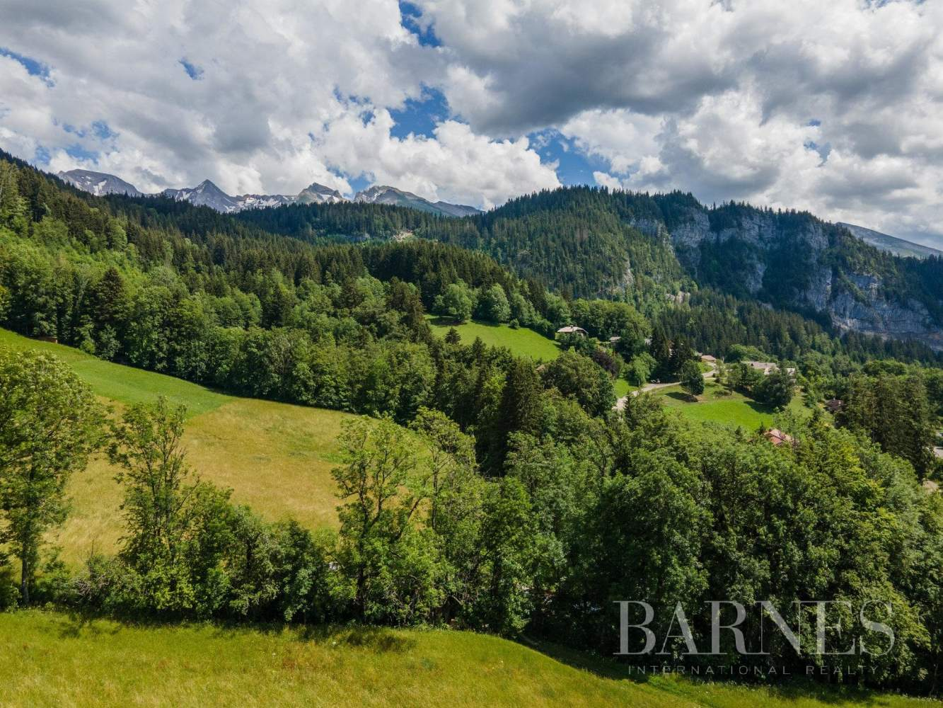 Magnificent high-end chalet in St Jean de Sixt picture 17