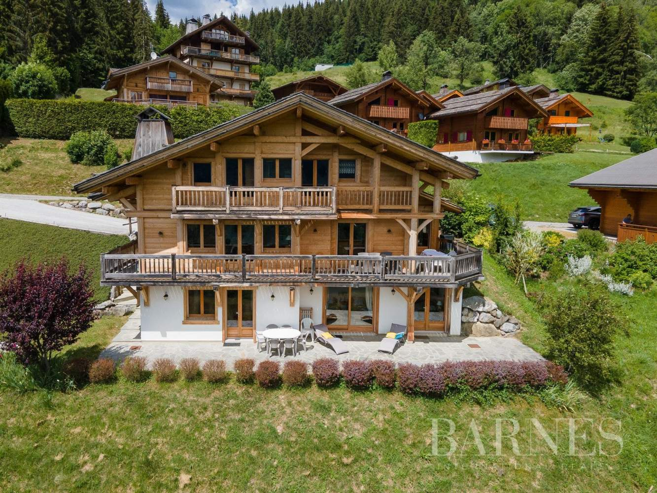 Magnificent high-end chalet in St Jean de Sixt picture 1