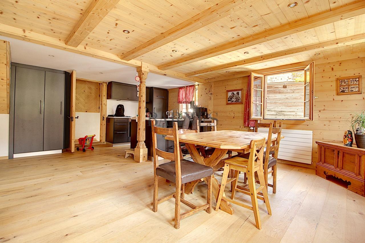 Rougemont  - Maison 6 Pièces 3 Chambres - picture 1
