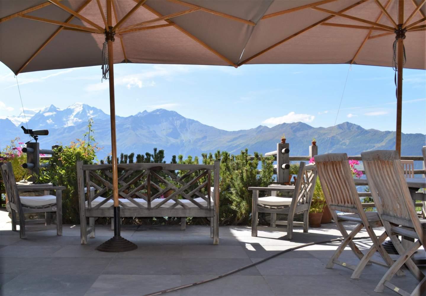 Verbier / Savoleyres : Superbe Chalet 7 chambres sur un terrain de plus de 1'600 m2 picture 2