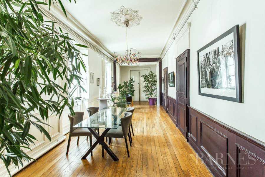 Lyon  - Appartement 5 Pièces 3 Chambres