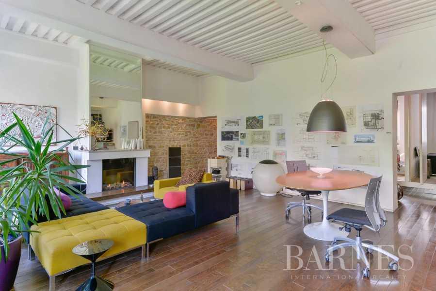 Lyon  - Appartement 5 Pièces 2 Chambres