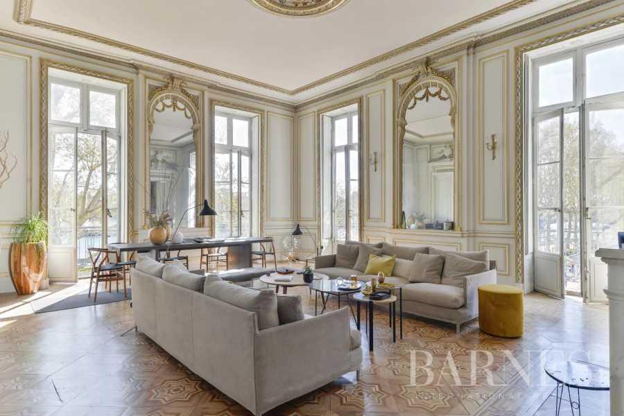 Lyon  - Appartement 8 Pièces 5 Chambres