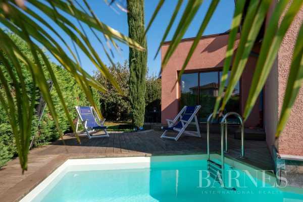 Villa Chassieu  -  ref 6050001 (picture 1)
