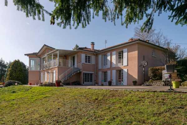 Villa Saint-Loup  -  ref 4836869 (picture 2)