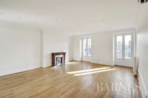 Appartement Lyon 69002  -  ref 5918852 (picture 1)