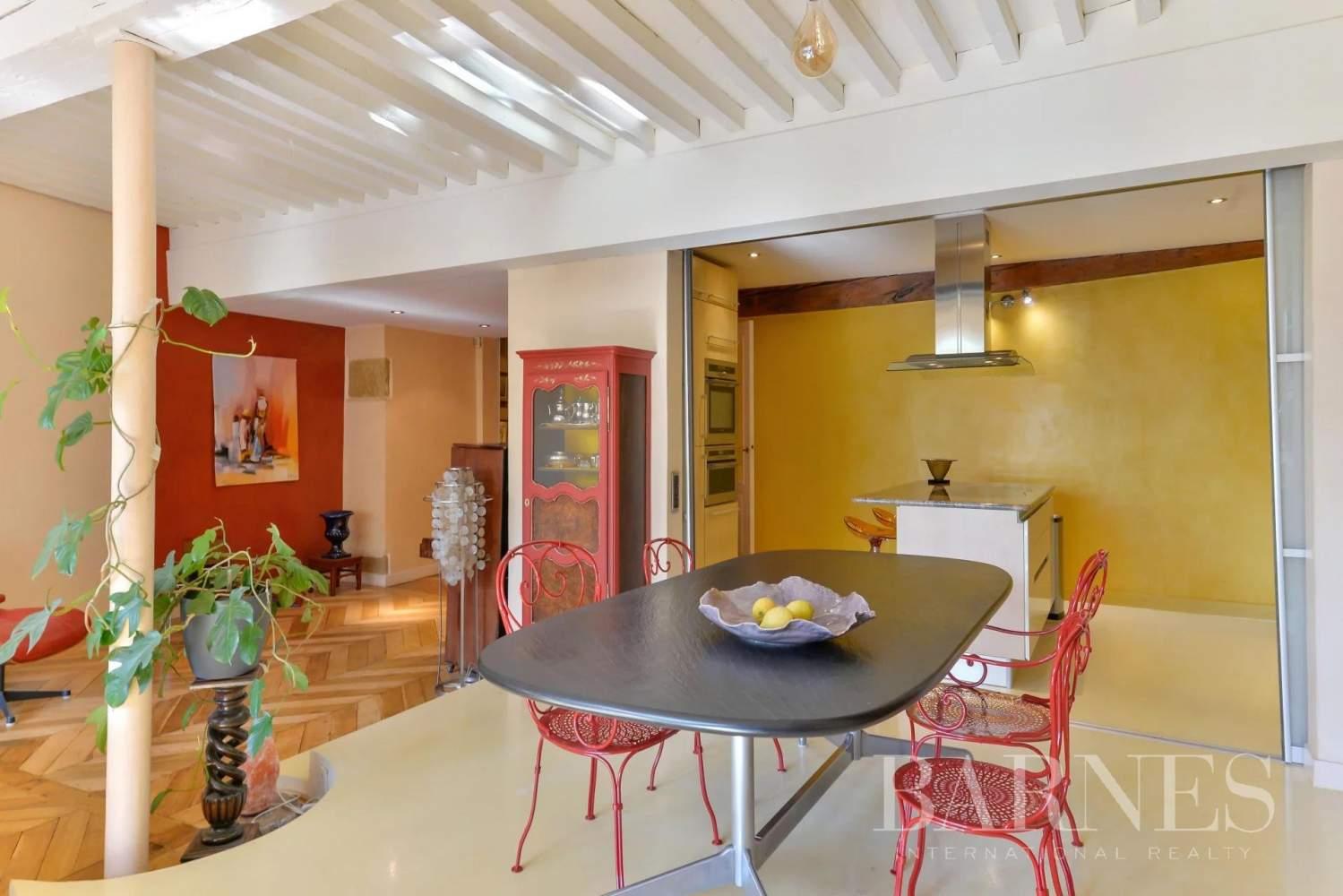 Lyon  - Appartement 5 Pièces 3 Chambres - picture 6