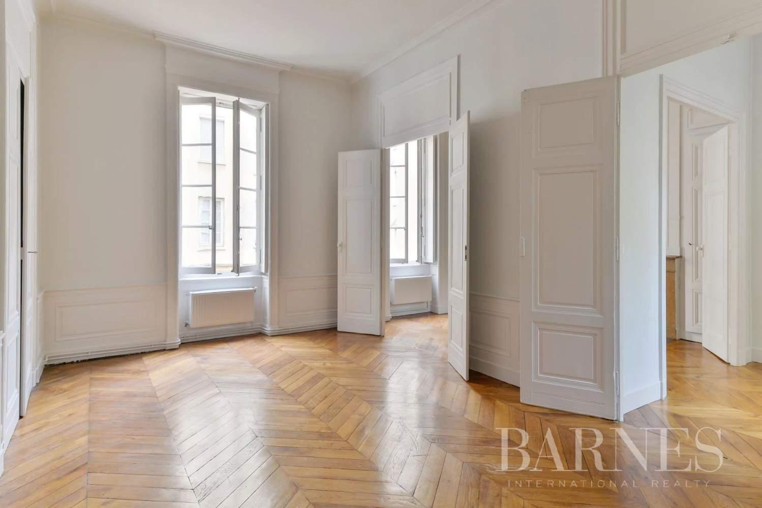 Lyon  - Appartement 7 Pièces 3 Chambres - picture 6