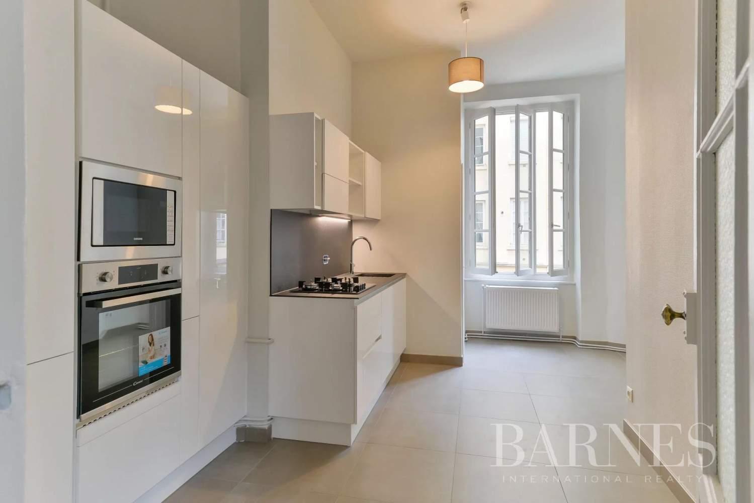 Lyon  - Appartement 7 Pièces 3 Chambres - picture 7