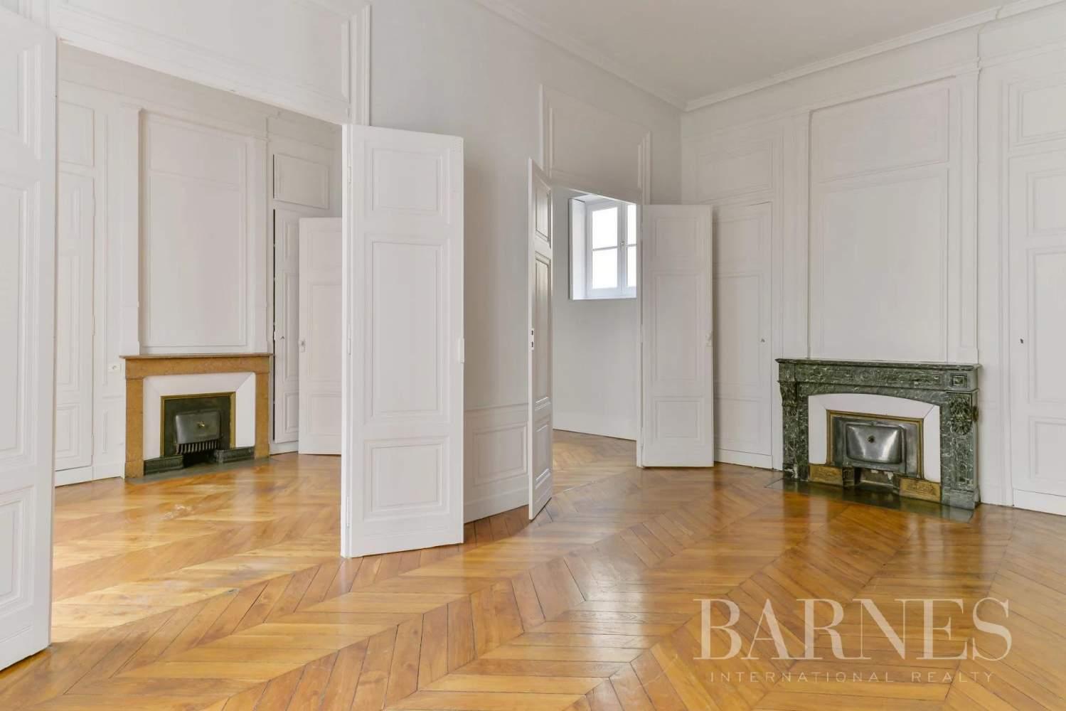 Lyon  - Appartement 7 Pièces 3 Chambres - picture 5