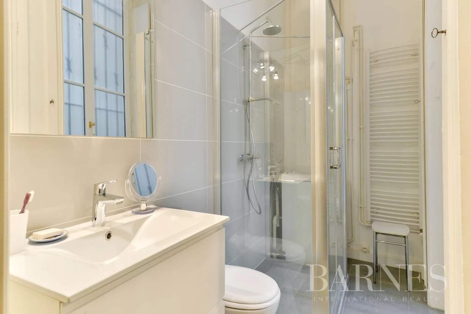 Lyon  - Appartement 4 Pièces 2 Chambres - picture 8