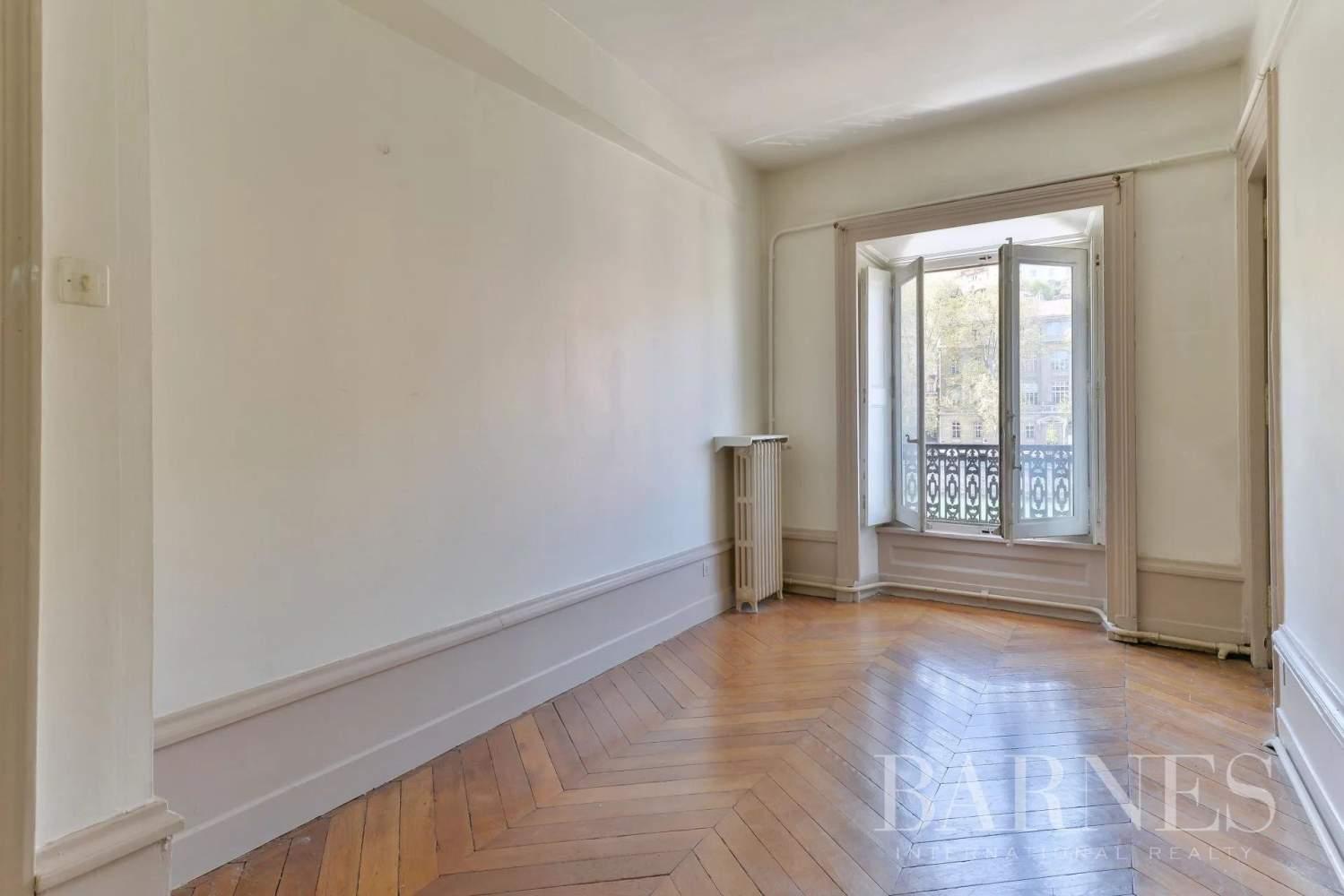 Lyon  - Appartement 6 Pièces 4 Chambres - picture 5