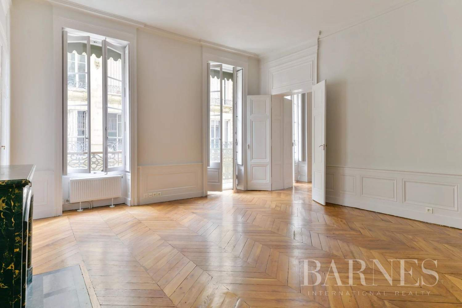 Lyon  - Appartement 7 Pièces 3 Chambres - picture 3