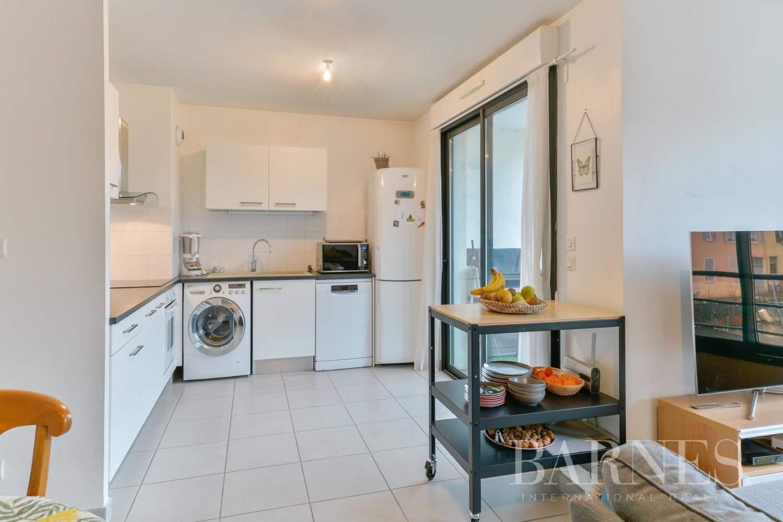 Collonges-au-Mont-d'Or  - Appartement 3 Pièces 2 Chambres - picture 3