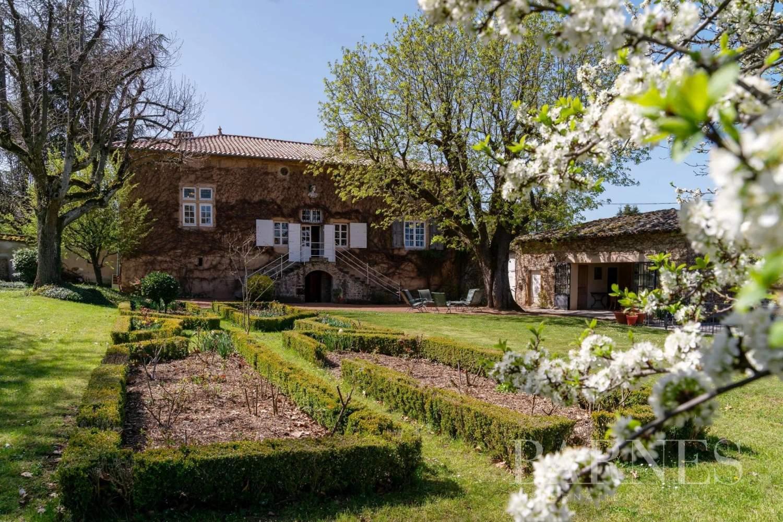 Chaponost  - Maison 9 Pièces 7 Chambres - picture 2