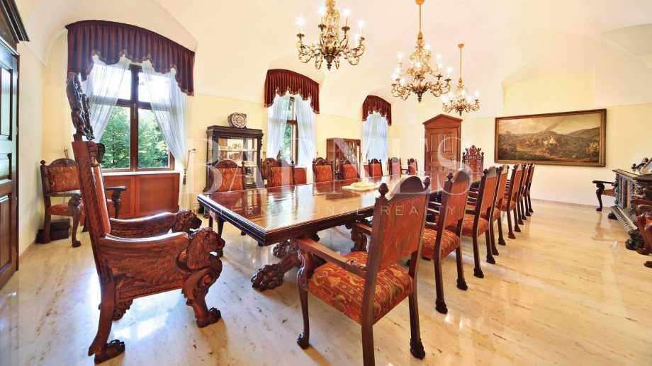 Vác  - Hôtel particulier 8 Pièces 7 Chambres