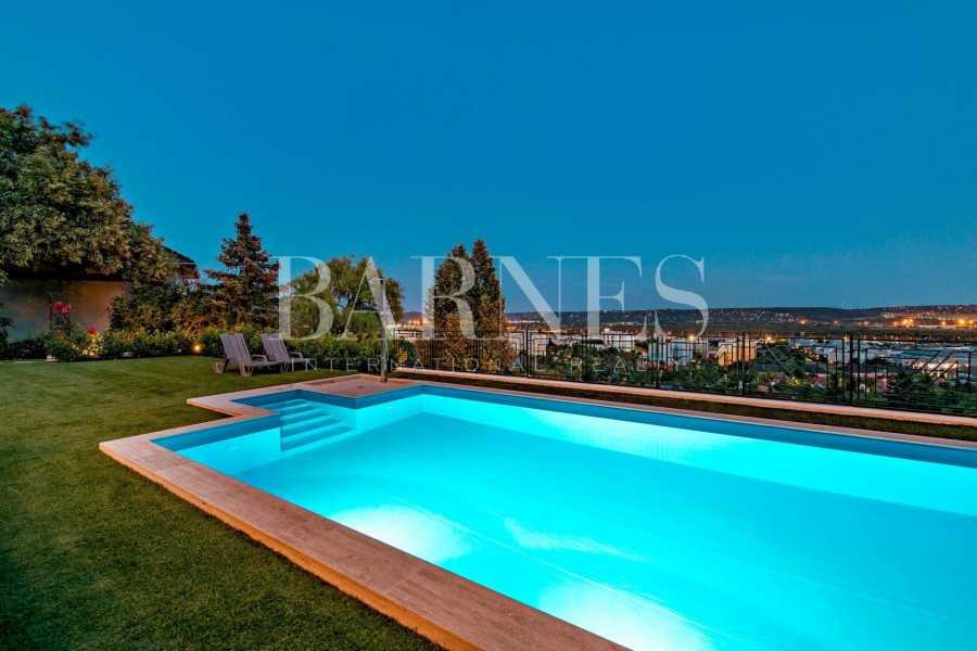 Budaörs  - Villa 5 Pièces 4 Chambres