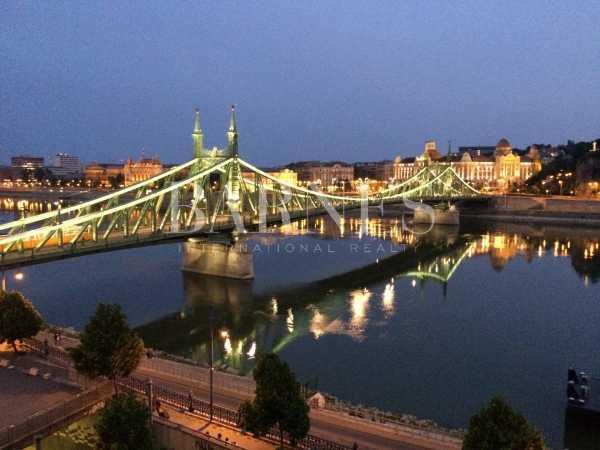 Appartement Budapest V. kerülete  -  ref 4355705 (picture 1)