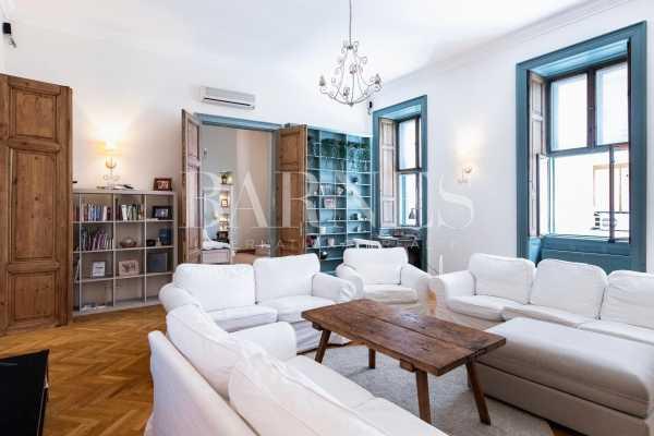 Appartement Budapest V. kerülete  -  ref 5927525 (picture 1)