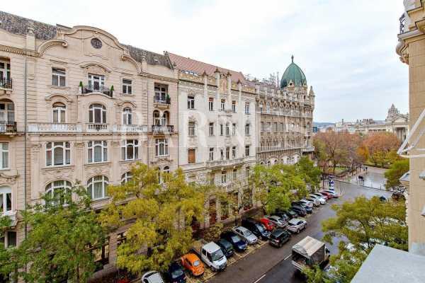Appartement Budapest V. kerülete  -  ref 3782471 (picture 2)