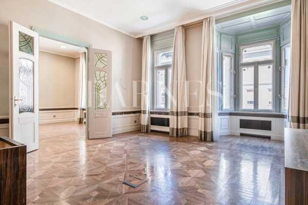 Appartement Budapest V. kerülete  -  ref 3921128 (picture 1)