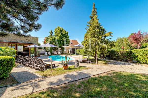 Hôtel Tihany  -  ref 5818447 (picture 1)