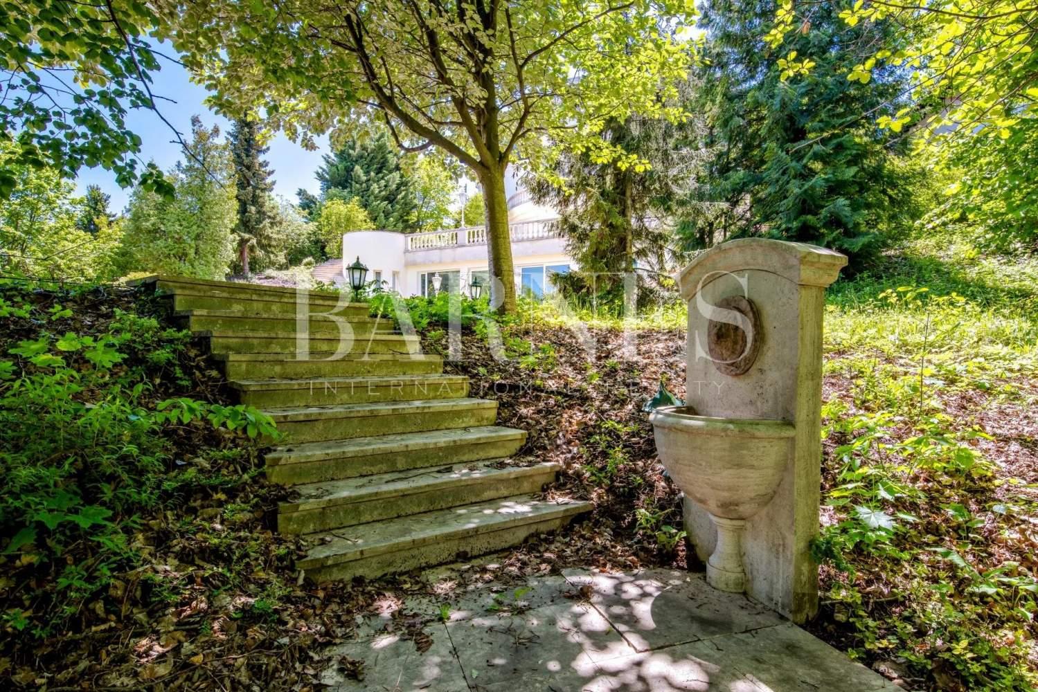 Budapest XII. kerülete  - Villa 12 Pièces - picture 13