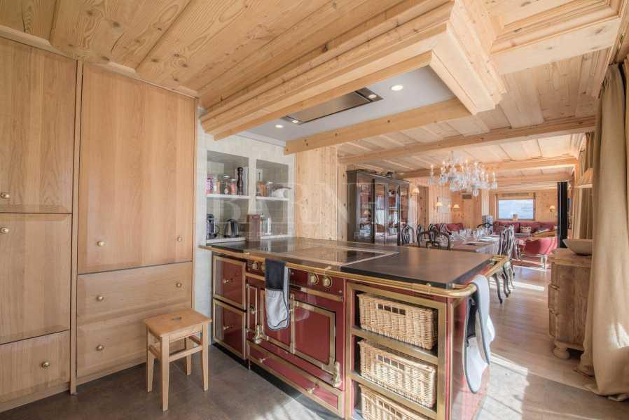 Courchevel  - Apartment 4 Bedrooms