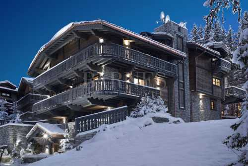 Chalet Courchevel - Ref 2400302