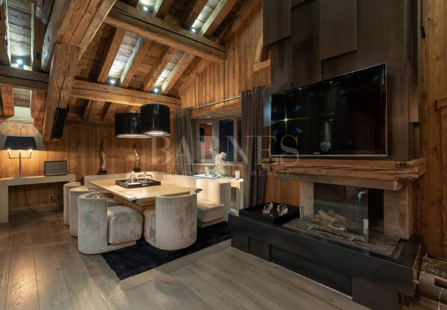 Courchevel  - Chalet 4 Bedrooms - picture 2