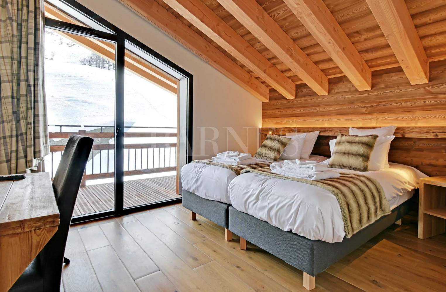 CHALET LODGE  PUREVALLEY  #5 picture 7