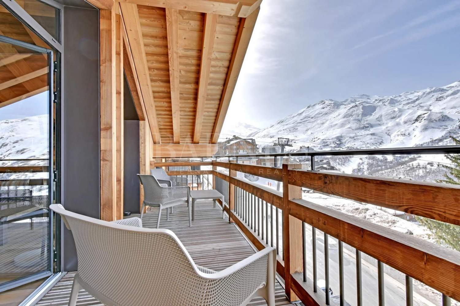 CHALET LODGE  PUREVALLEY  #5 picture 5