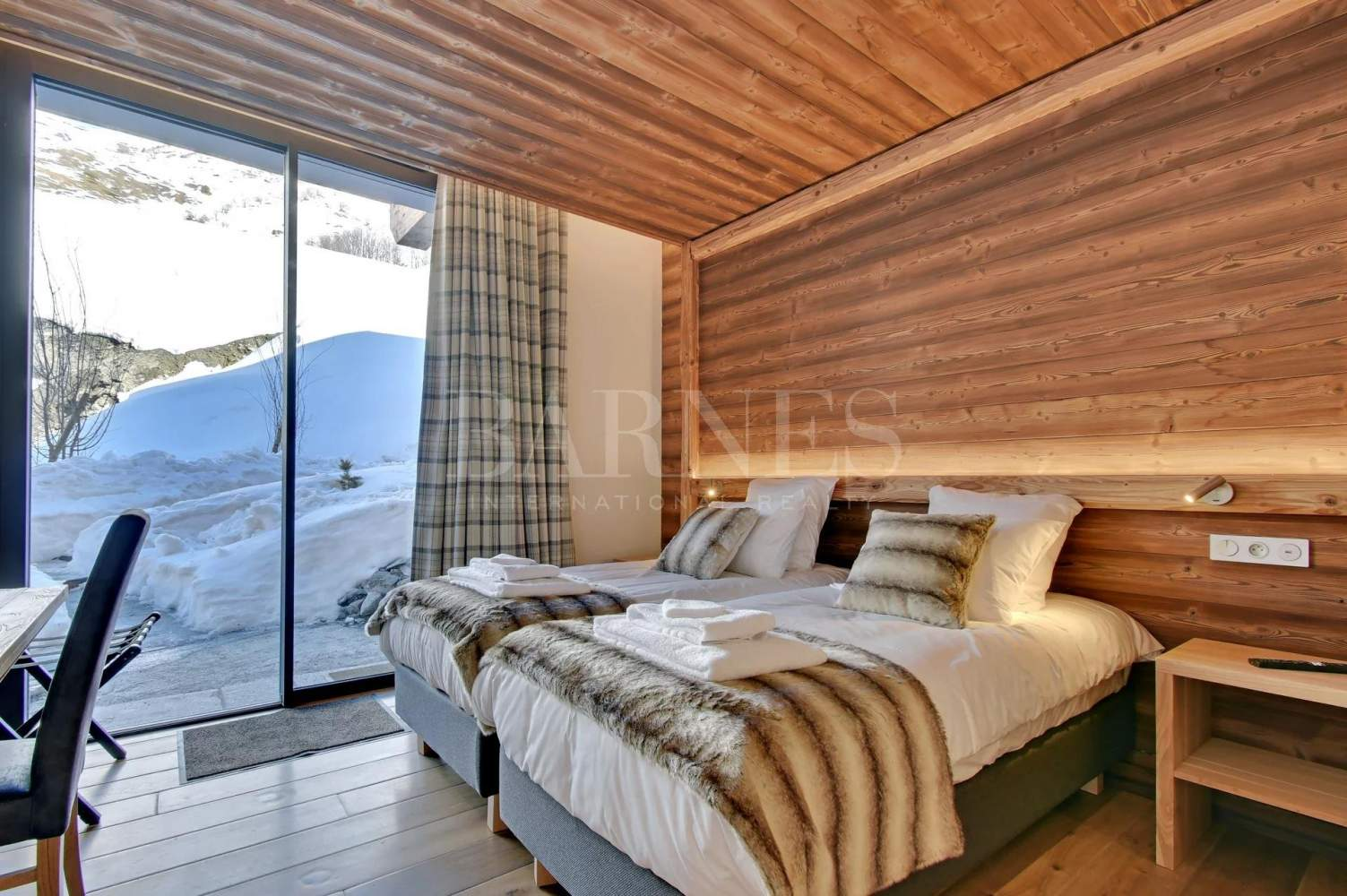 Chalet LODGE PUREVALLEY #1 picture 9