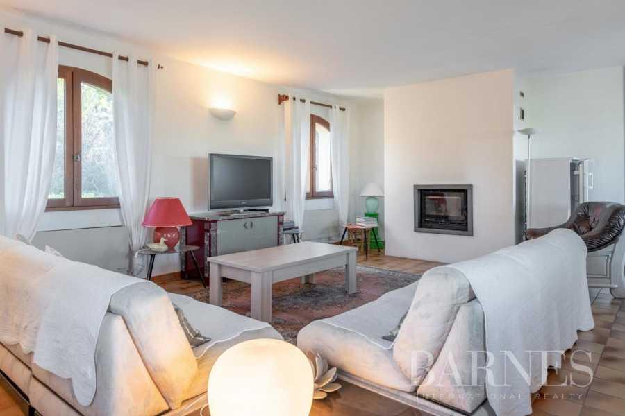 Saint-Cyr-sur-Mer  - Maison 9 Pièces 5 Chambres