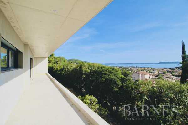 Villa Carqueiranne  -  ref 4400648 (picture 1)