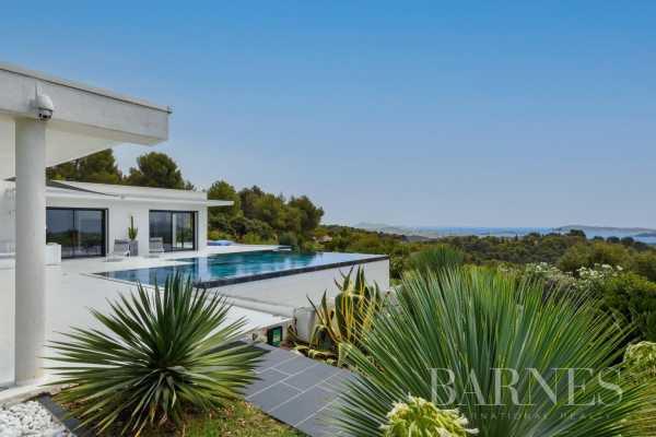 Villa Ollioules  -  ref 5922092 (picture 2)
