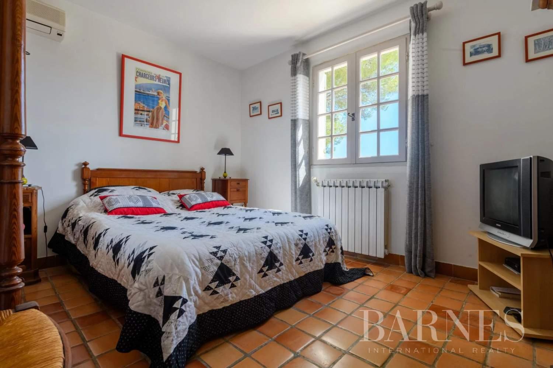 Sanary-sur-Mer  - Maison 9 Pièces 7 Chambres - picture 14