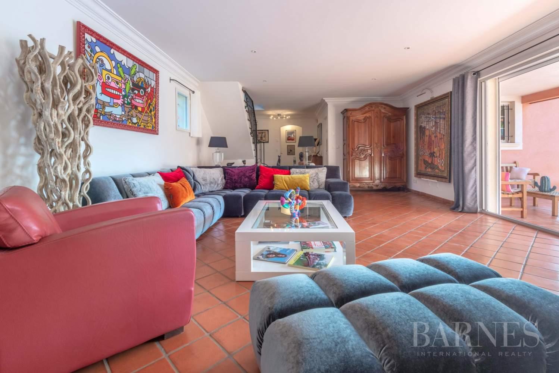 Sanary - Secteur du Lançon - villa 200m² - piscine - terrain 2197 m² picture 5