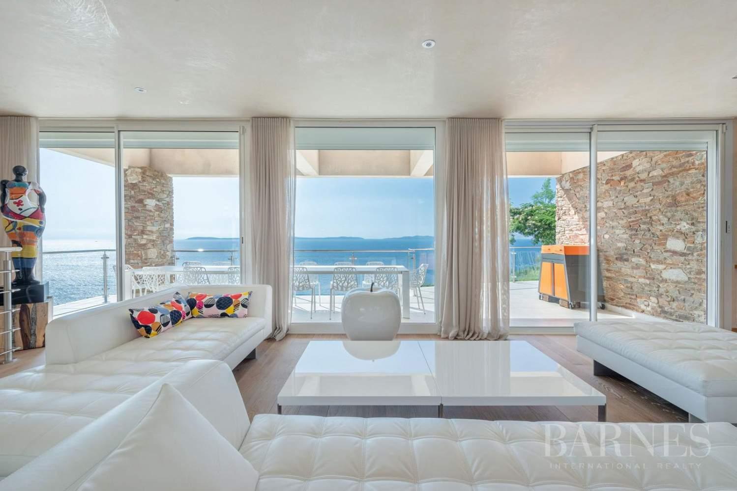 A vendre Le Lavandou villa 6 chambres vue mer panoramique - piscine picture 4