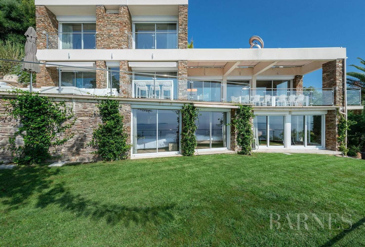A vendre Le Lavandou villa 6 chambres vue mer panoramique - piscine picture 7