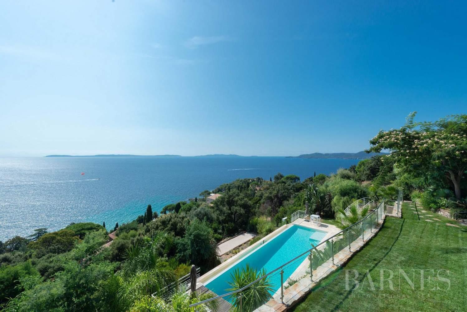 A vendre Le Lavandou villa 6 chambres vue mer panoramique - piscine picture 15